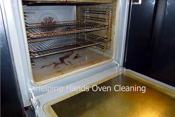 grimey oven before cleaning