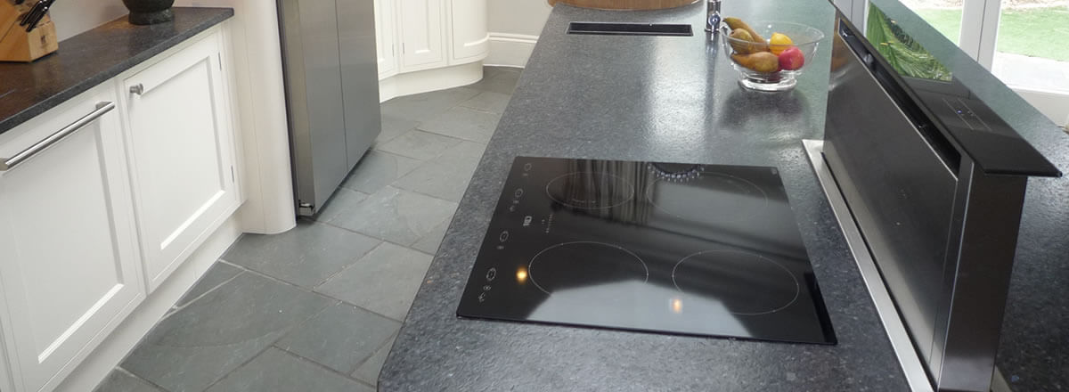 expert hob and extractor cleaning in Edinburgh